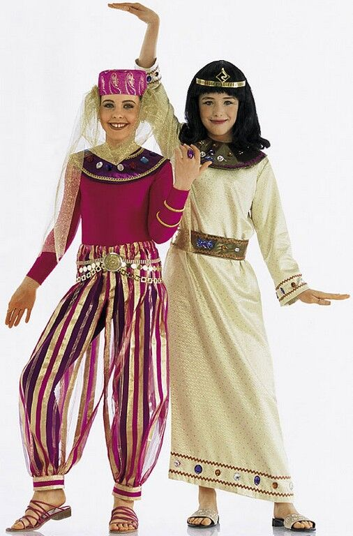 Mädchen als orientalische Prinzessin im Kostüm aus Burda Schnittmuster zu Fasching