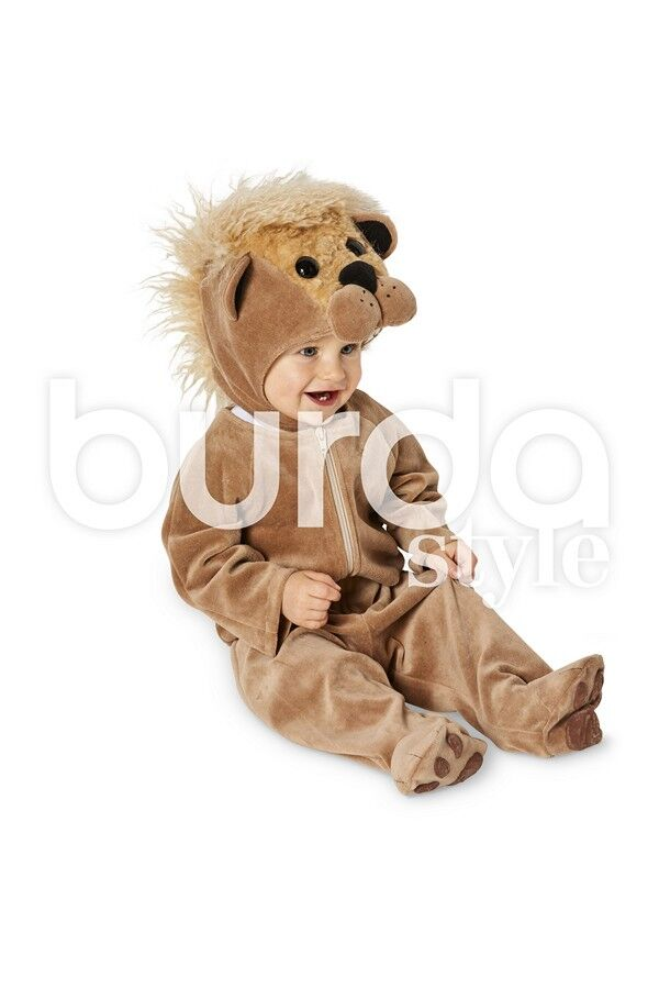 Kind im Löwen-Kostüm aus Burda Schnittmuster