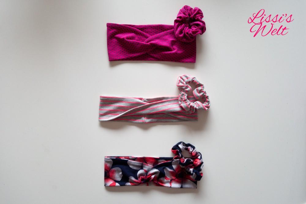 Auswahl an Scrunchies und Haarbändern